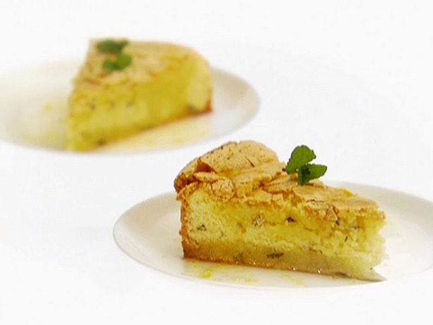 GH0146_lemon-mint-cake-with-lemon-syrup_s4x3_lg